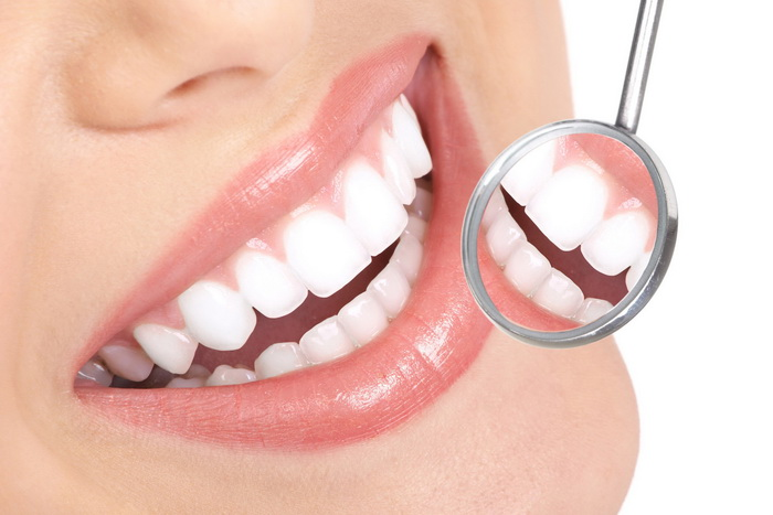 Отбеливание зубов демонтажа брекетов